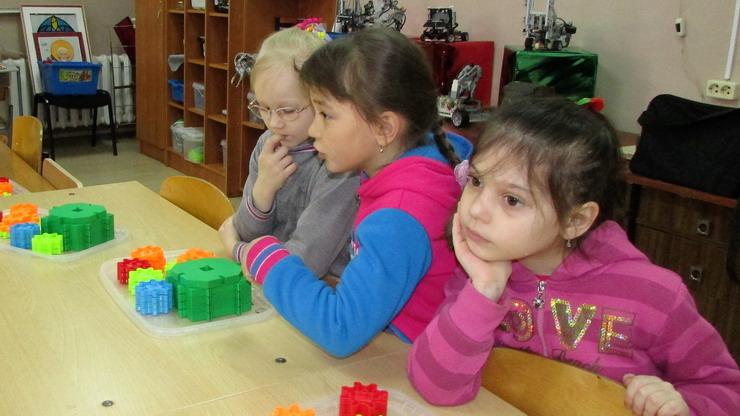 В ДЮЦ для дошколят прошли выставка и мастер-классы по техническому конструированию